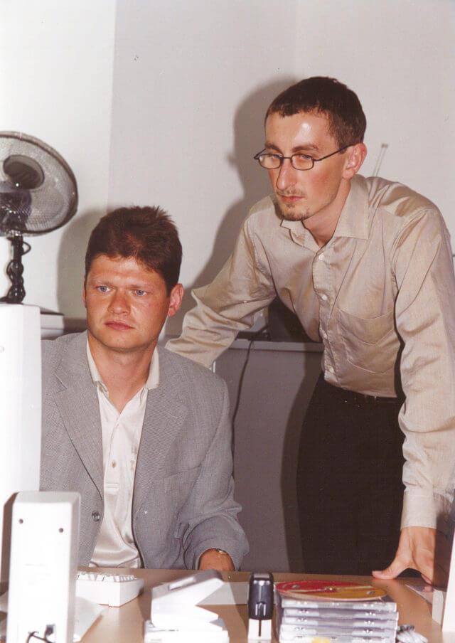 Erste Unternehmensgründung (1998)
